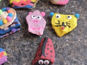 animal rock pets